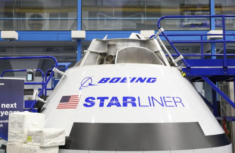 Boeing shows off its Starliner's latest parachute test