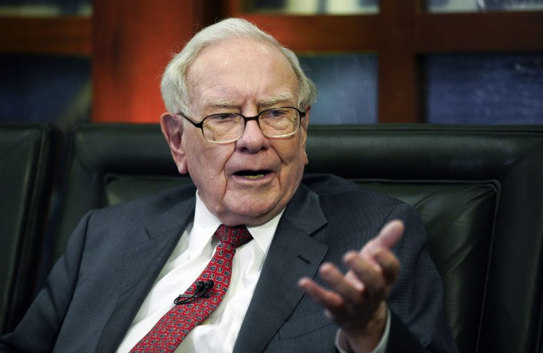 Why Spending $3.5 Million for Lunch with Warren Buffett Is a Bad Idea