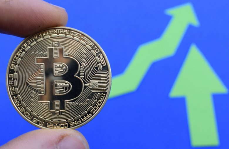 Bitcoin Price Smashes Past $11,000 – Should Traders Fear a Dump?