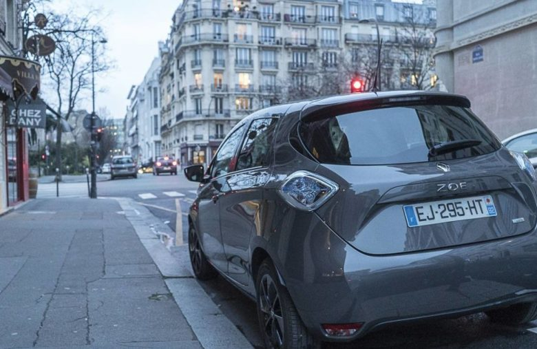 New electric cars in Europe have to make artificial noises