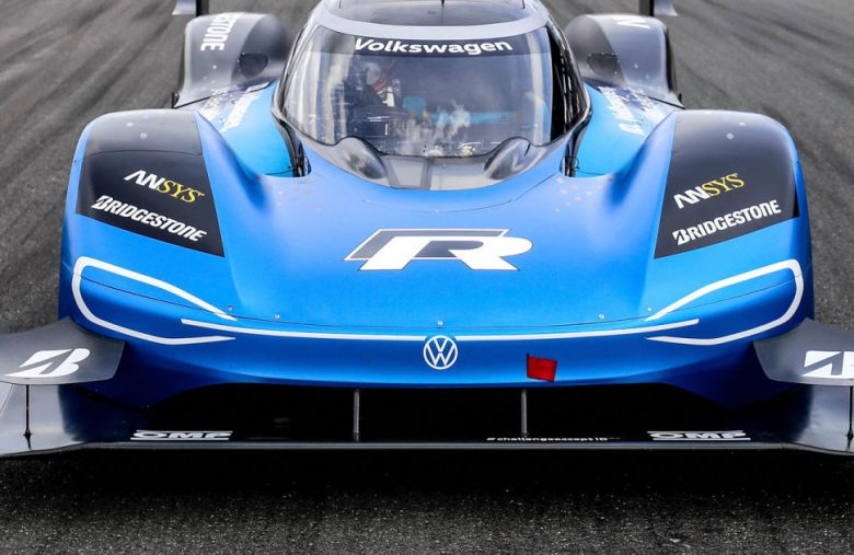 Watch VW's electric race car smash a 20-year-old Goodwood record