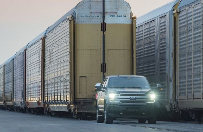The Morning After: Ford's electric F-150 truck pull
