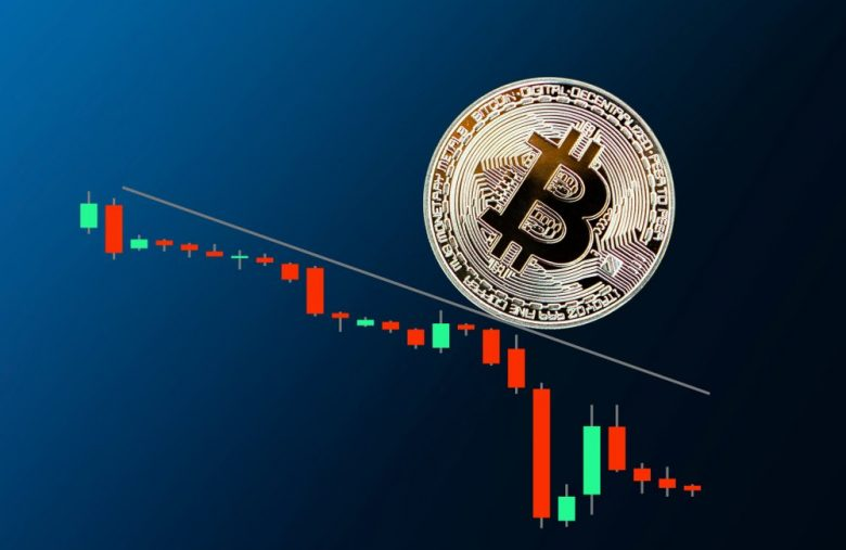 bitcoin-price-key-level-collapse-won't-hurt-$42,000-december-run