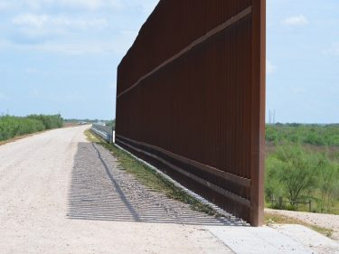 DHS: 52 Miles of Fresh Wall Completed — But No New Sections Yet