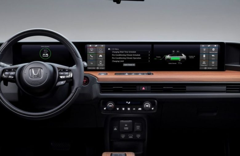 Honda E video shows off the EV's dual-touchscreen dash
