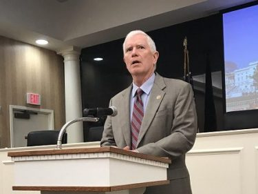 Mo Brooks: Trump Baltimore Tweets 'Emphasize How Badly' Areas Governed by Democrats Are Doing