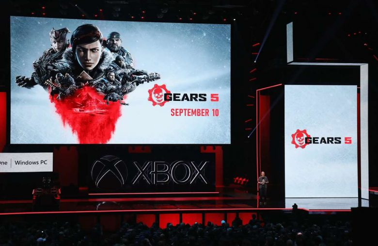 Microsoft's Gears 5-Themed Xbox One X Is a Stunning Gimmick