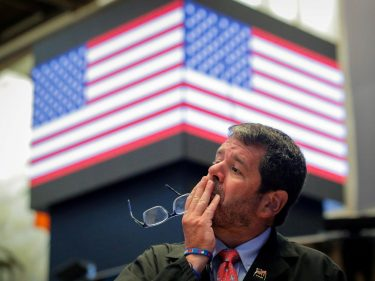 Dow Erases 600-Point Plunge But Macro Risks Threaten US Economy