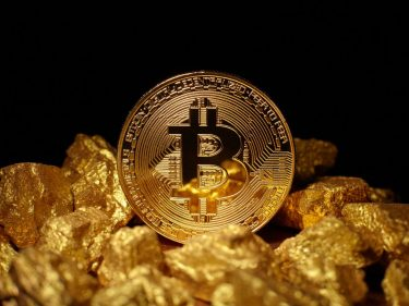 investors-flock-to-gold-in-stock-market-rout.-why-didn't-bitcoin-pop?