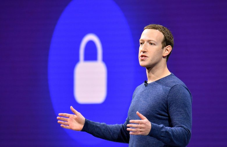 Zuckerberg is Dumping Facebook Shares, But Should You Panic?