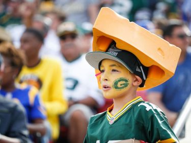 Best Job Ever? Get PAID to Pig Out at NFL Stadiums & Watch Football – CCN Markets