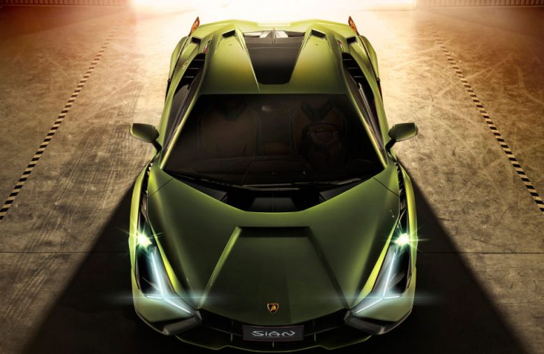 Lamborghini's first hybrid supercar is the 819HP Sián