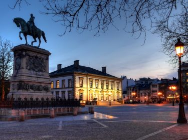 'big-4'-giant-pwc-accepts-bitcoin-in-filthy-rich-tax-haven-luxembourg