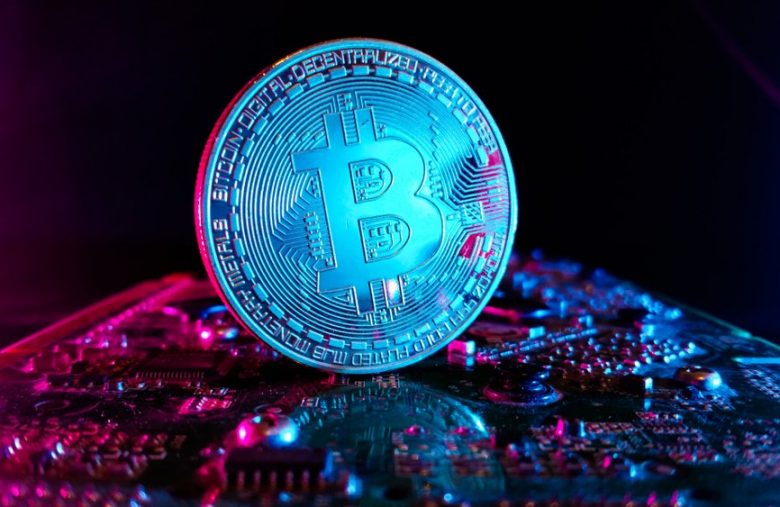 vaneck's-bitcoin-trust-flops-with-only-4-btc-under-management