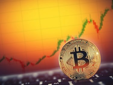 investment-executive:-bitcoin-to-make-a-big-move-in-'a-week-or-two'