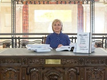 Hillary Clinton Sifts Through Emails for an Hour in Italian Art Exhibit