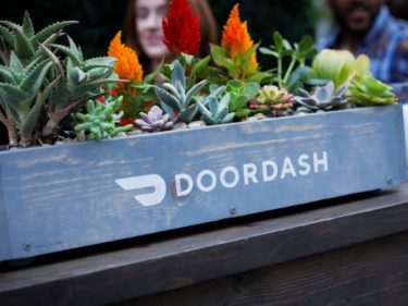 Despite tipping policy changes, DoorDash says back pay is not 'at issue here'