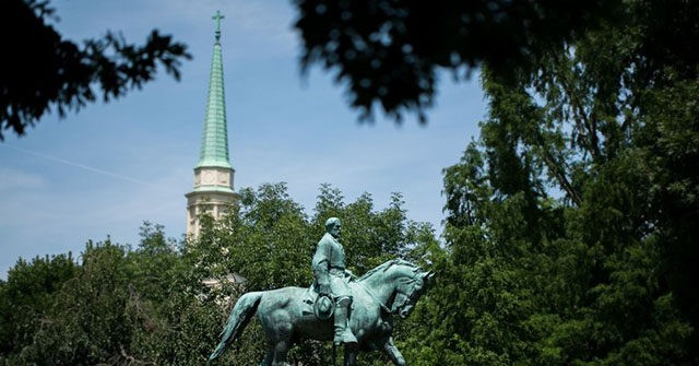 Virginia Judge Rules Charlottesville's Confederate General Statues Must Stay