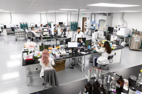 As it readies a test for vaping additives, cannabis testing company Cannalysis raises $22 million