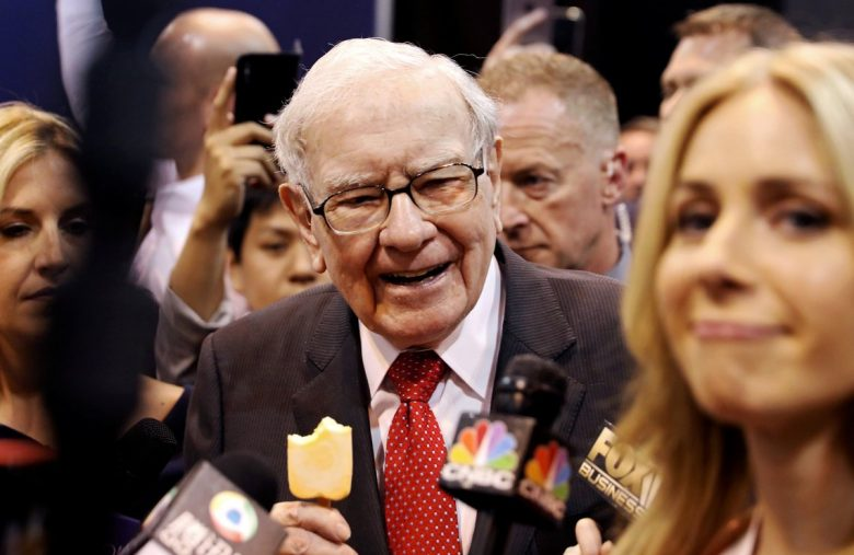 warren-buffett-has-enough-spare-cash-to-buy-two-thirds-of-all-existing-bitcoin
