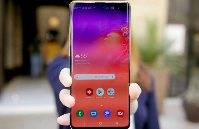 Samsung brings Note 10's AR and camera features to the Galaxy S10