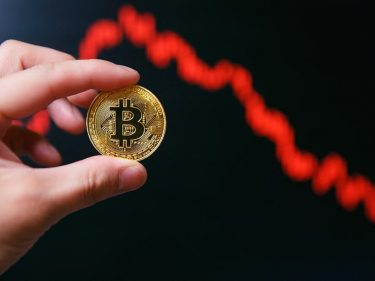 Bitcoin Price Rapidly Headed to $4,000 or Lower, Says Hater Peter Schiff