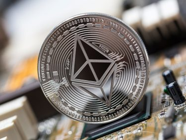 Ethereum Price (ETH) Plunges 33% in 5-Day Spiral After 2019's Strongest Rally