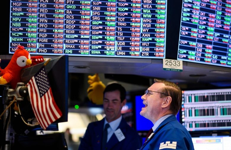 Dow Futures Rally as Treasury Yield Spread Approaches Dangerous Level