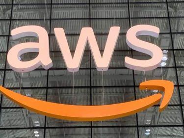 AWS IQ matches AWS customers with certified service providers
