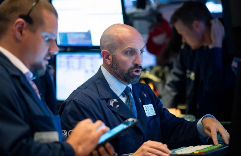 Dow Futures Eye Triple-Digit Gains as Chinese Manufacturers Crawl Out of Recession