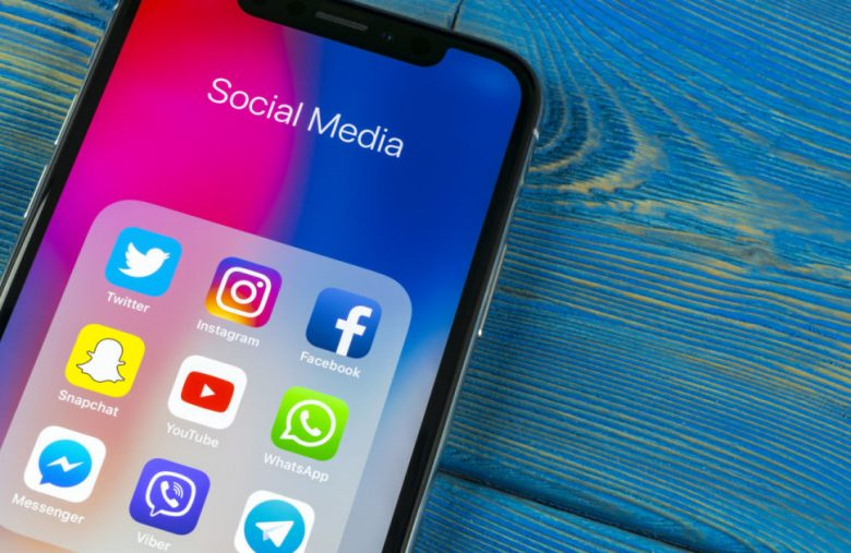 Study: Americans believe social networks make the news worse