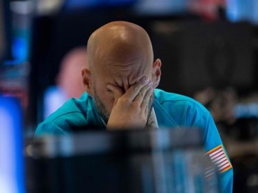 Dow Futures Search for Reprieve After Chaotic Selloff as Investors Assess Over-Hyped Trump Rally