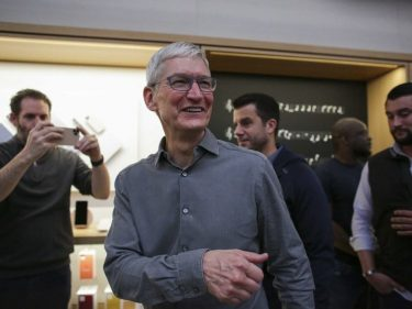 Tim Cook Lands Facebook Jab to Confirm Apple Won't Develop a Cryptocurrency