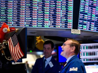 Dow Futures Skittish Ahead of NFP Report. Here's Why You Should Take It With a Grain of Salt