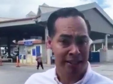 Julián Castro Escorts Migrants to Border; Agents Return Them All to Mexico