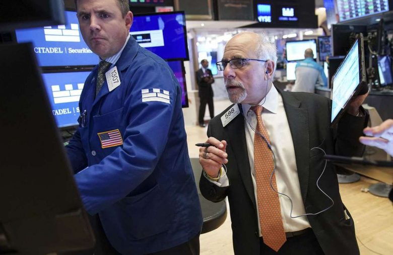 Dow Jones Tumbles as China Pours Cold Water on Trade Deal Hopes