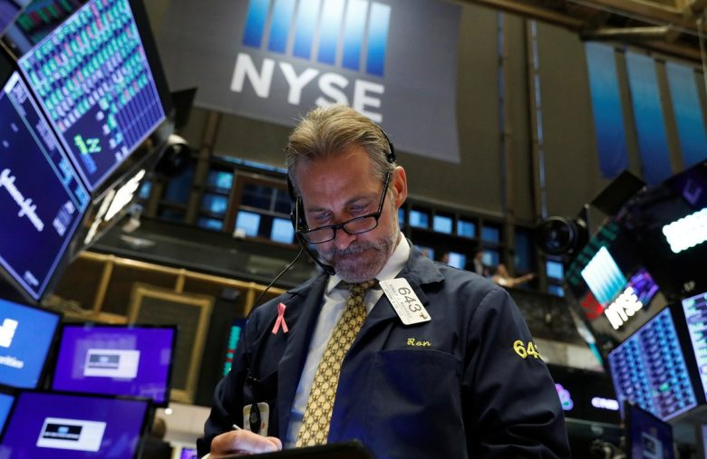 Dow Futures Slides As Corporate Earnings Recession Concerns Grow