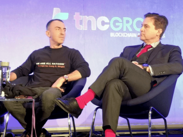 epic-on-stage-'satoshi-t-shirt'-trolling-of-craig-wright-earns-community-praise