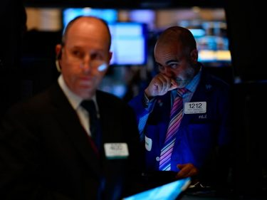 Dow Creeps Higher as China Unveils Roadmap for 'Ultimate' Trade Deal