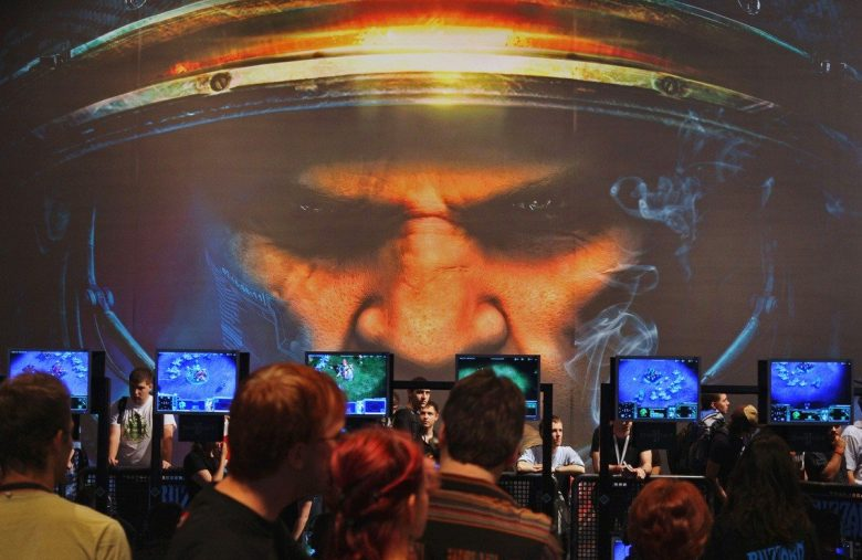 This AI Is Better at StarCraft II Than You'll Ever Be