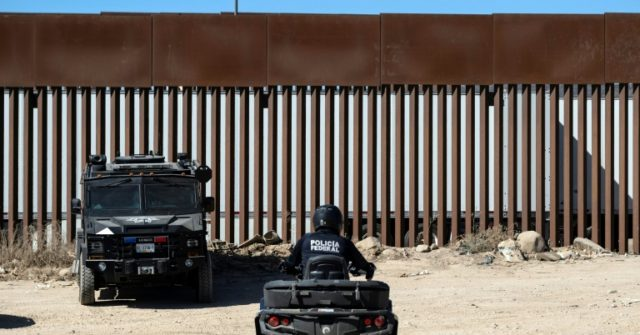 Trump Brushes Off Report of Smugglers Cutting Through Border Wall – Breitbart