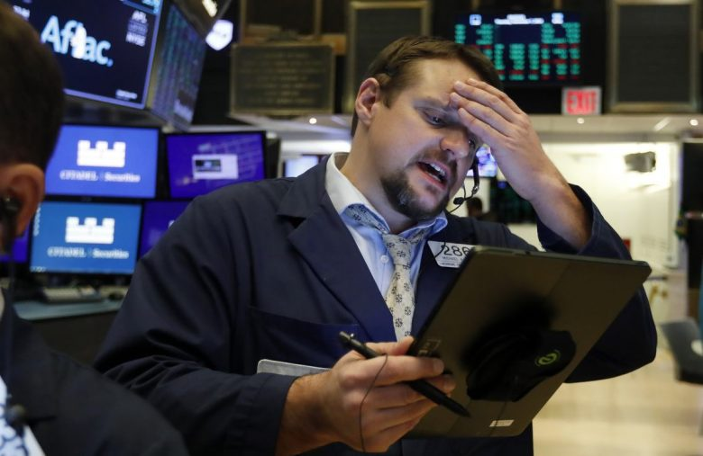 Dow Struggles While Analyst Sounds Alarm on Dangerous Market FOMO