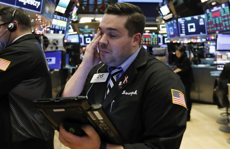 Dow Sugar Rush Fades as Economic Data Vindicates Weak GDP Forecast