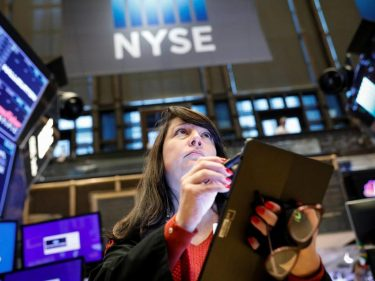 Dow Futures' Muted Enthusiasm Nervy as Dangerous Headwinds Emerge