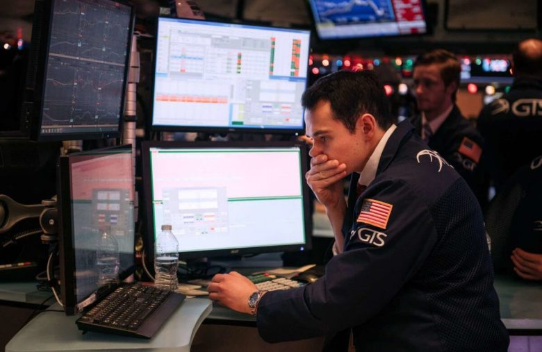 Dow's Sudden 200-Point Plunge Echoes Growing Concerns About Stock Market Crash