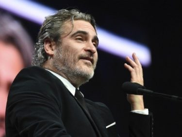 Joaquin Phoenix to Hollywood Environmentalists: Stop Taking 'Private Jets' to Award Shows