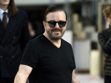 Ricky Gervais Wonders How Teasing Corporations, Elite Hollywood Is 'Right Wing'