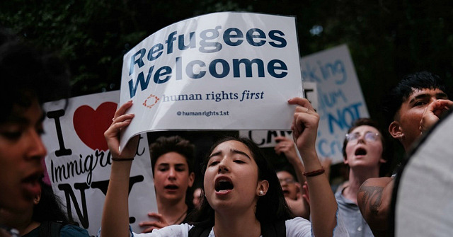 Exclusive: Memo Reveals How GOP Govs Pitch Refugee Resettlement