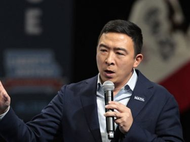 Yang Campaign Blasts DNC After Missing Polling Threshold for Iowa Debate