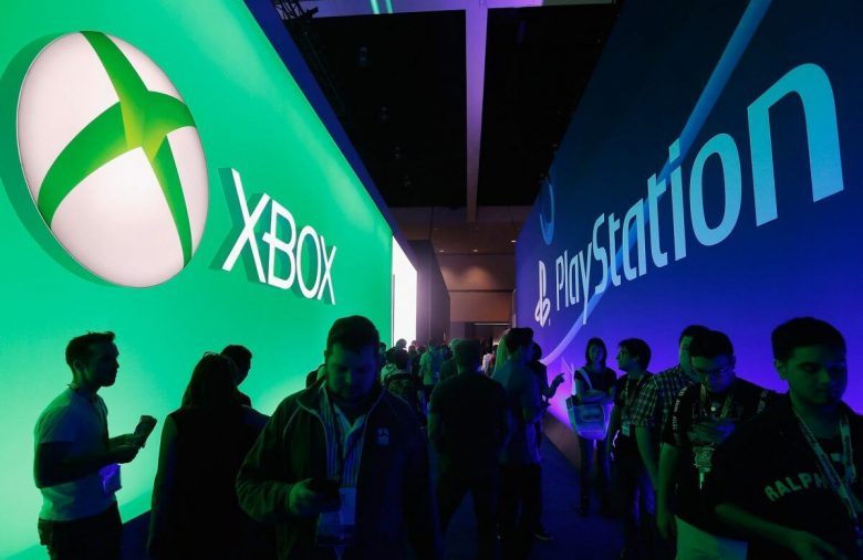 Rivals Microsoft & Sony Getting Friendly is No Fun for Gaming